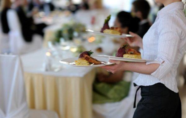 Servicekraft – für Hotels und Restaurants